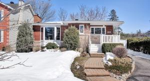853 Winnington Avenue, Whitehaven, Ottawa