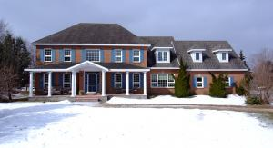 5570 Pettapiece Crescent, Manotick Estates, Manotick
